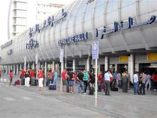 ضبط 24 هاربا من تنفيذ أحكام قضائية من مطار القاهرة