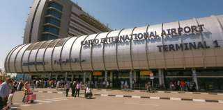 مطار القاهرة يستقبل 121 رحلة طيران اليوم