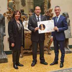 جامعة وأكاديمية ليون بالفاتيكان بروما تكرم السفير المصري لدي إيطاليا