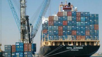 موانئ البحر الأحمر تتفق مع بتروتريد على إنشاء تنكات بميناء الزيتيات لجمع المخلفات