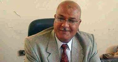 نائب بالبرلمان يطالب بوقف استيراد التوك توك